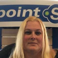 Christine Poirier, Service a la clientele