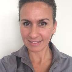 Ida Gacina, Counter clerk